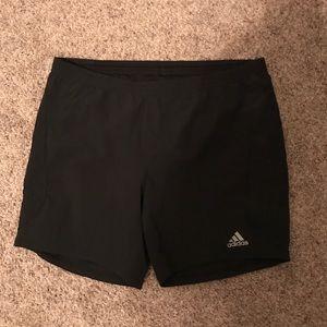 Adidas athletic workout shorts size medium